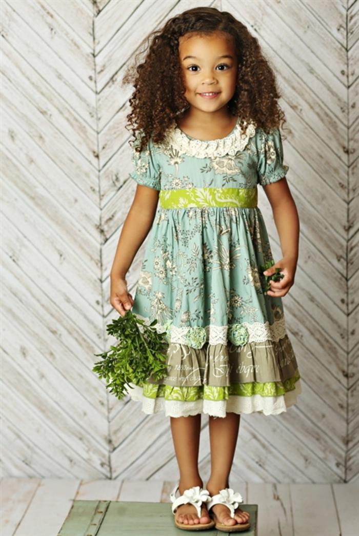 festliche Kinderkleider, weites Kleid mit kurzen Ärmeln, Sommermode für Kinder