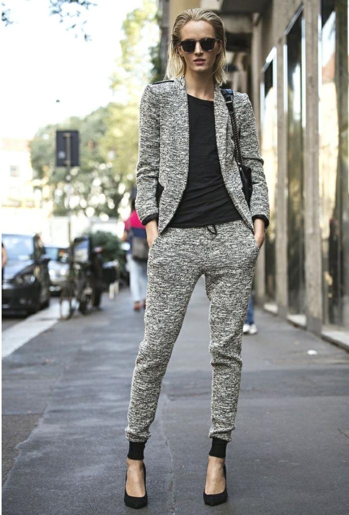 outfit mit jogginghose grau passendes und schwarze bluse