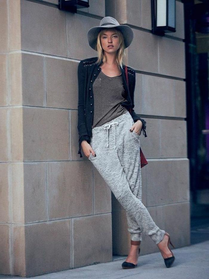 jogginghosen damen stylen zum filzhut und high-heels