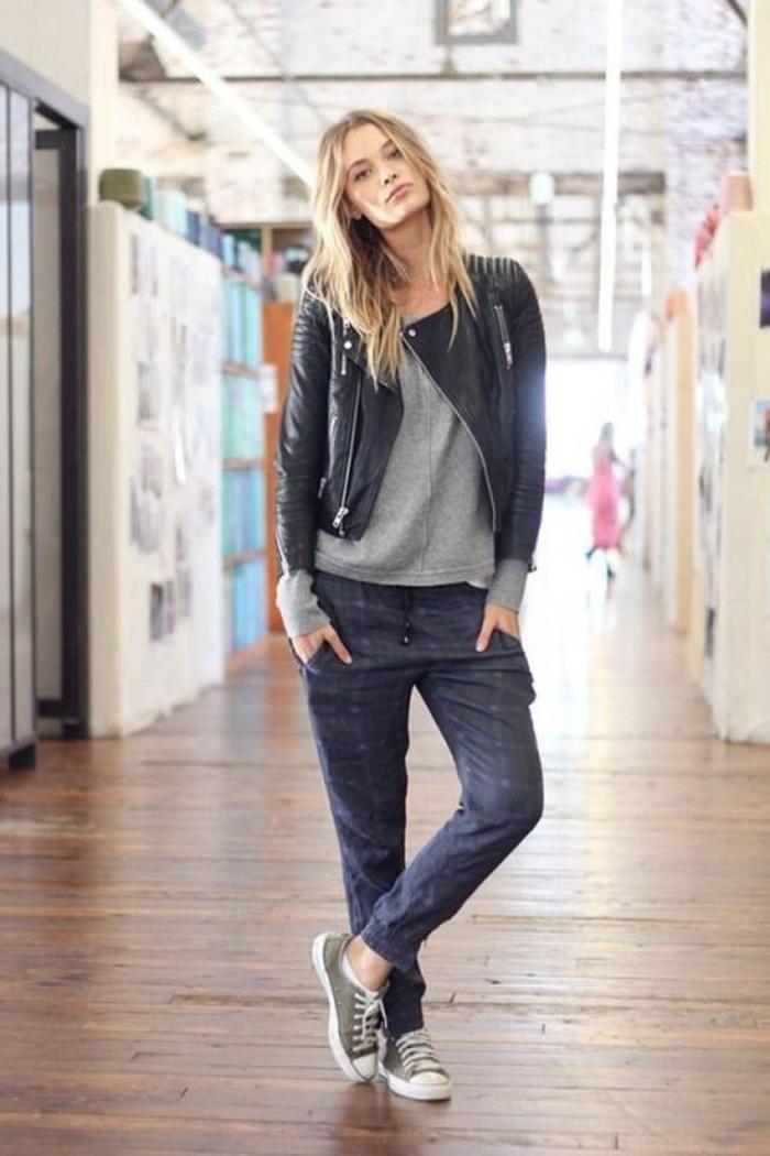 jogginghose im jeans look stylen mit leder jacke