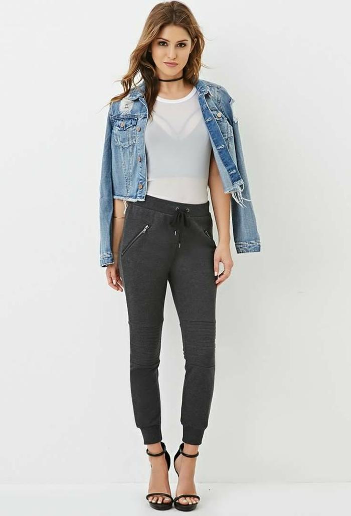 jogginghose damen zum jeans jacke und transparente bluse