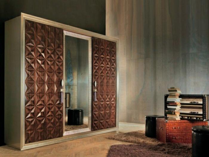 Wandgarderobe elegante Optik Spiegel-Element Schlafzimmer gestalten