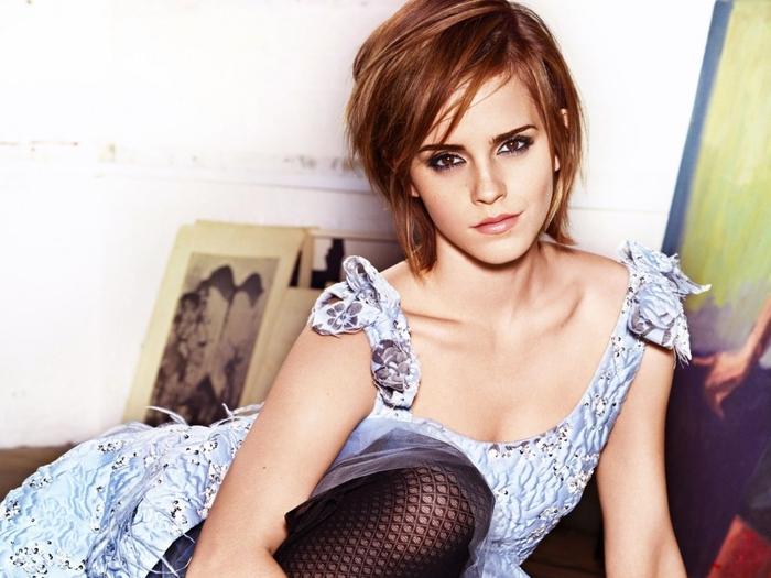 Emma Watson, kastanienbraune glatte Haare, kinnlang geschnittener Bob, Ideen für Kurzhaarfrisuren