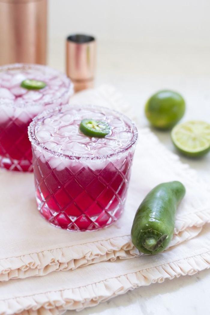 """""""Margarita"""" mit Chili einfach selber machen, Rezepte für beeindruckende Cocktails"""