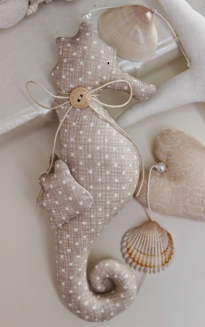 maritime deko basteln selber nähen knopf befestigen herz perle
