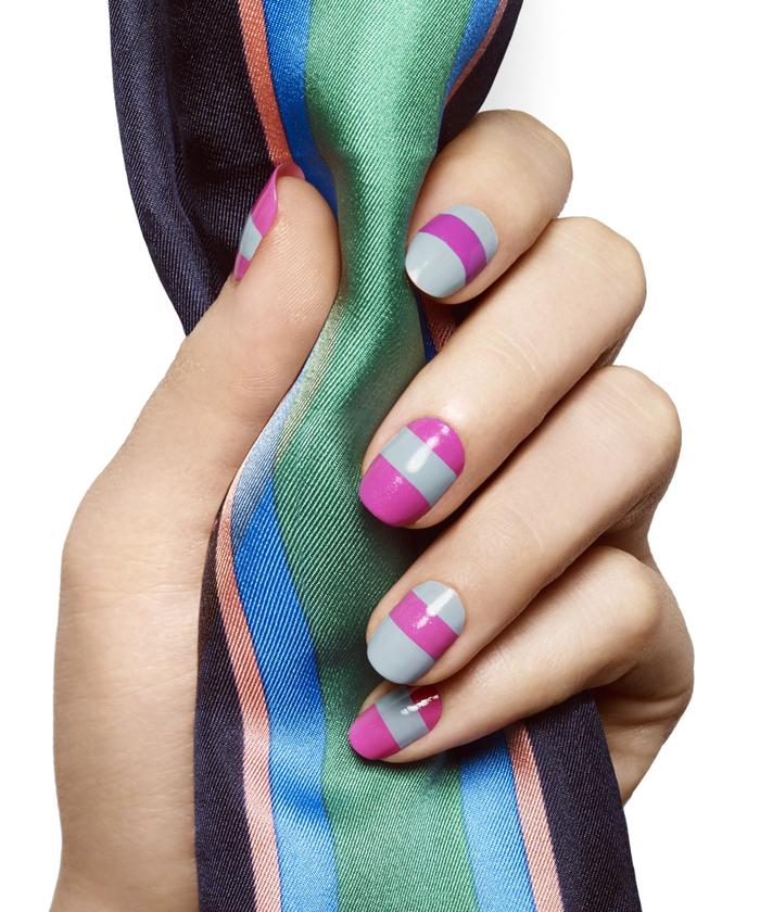 Violett mit Grau kombinieren, stilvoll und elegant, Ideen für Sommer Nageldesign