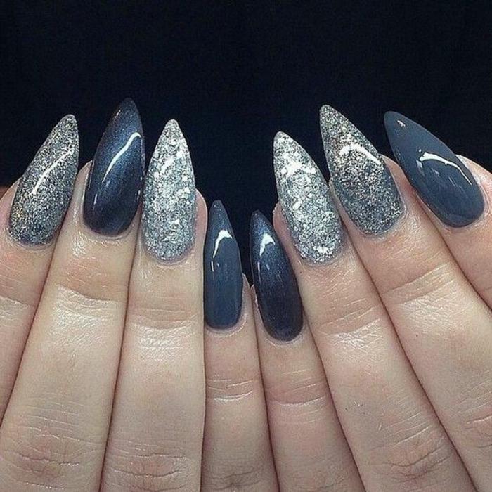 spitze nägel in grauen nuancen gestalten glitzernde dekorationen silbern grau blau-graue farbe design