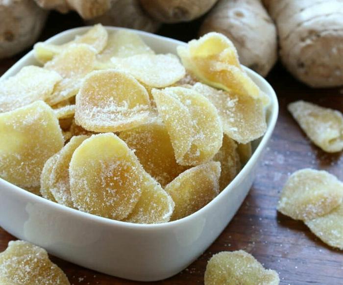 kandierte ingwerstücke gelten als natürliche appetitzügler und sind unglaublich lecker ingwer wurzel kochen als tee