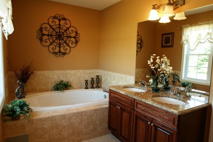 deko orientalisch im badezimmer bad badewanne wanddeko florale motive blumen deko lampen waschbecken