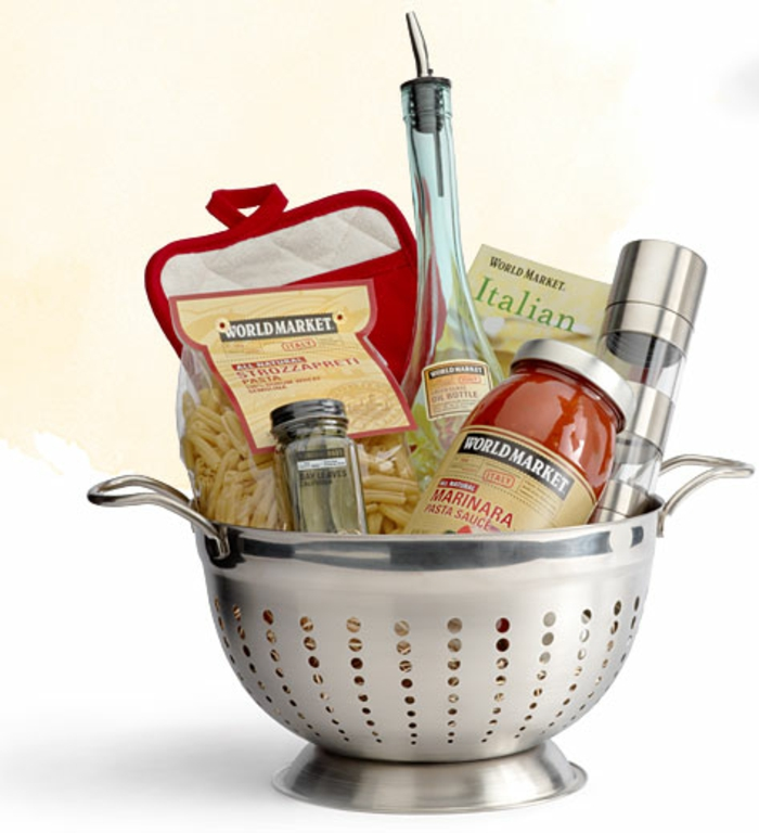 Pasta selber zubereiten mit Geschenkkorb Inhalt Gewürze, Rezepte und Produkte