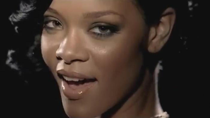 Rihanna kurze Haare die Frisur aus dem Musikvideo von Umbrella oder Regenschirm