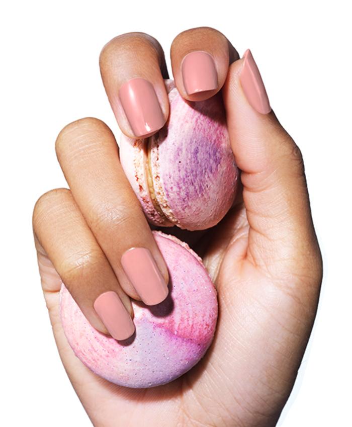 rosa Nagellack, stilvoll und zart, französische Macarons, wunderschönes Nagelldesign