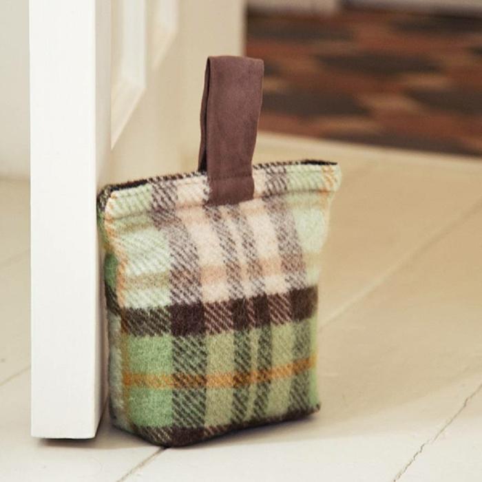 Türstopper nähen wie eine Tasche zum Einkaufen aus groben Stoff mit Griff