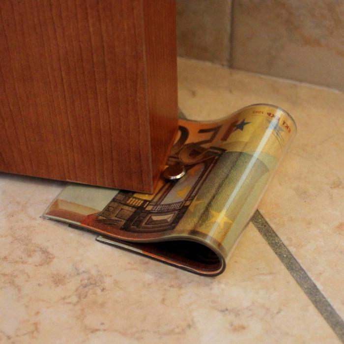 das Geld haltet die Tür - ein Glücksbringer für viel Geld - Türstopper selber machen