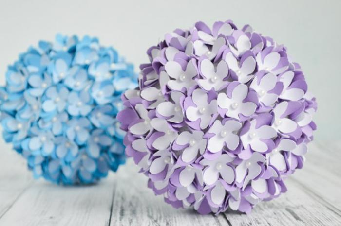 tischdekoration basteln, bälle dekoriert mit papierblumen
