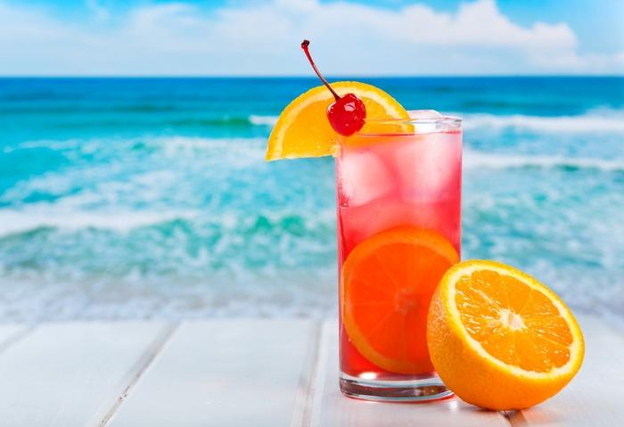 """""""Tequila Sunrise"""", Cocktails selber machen, viele Rezepte für erfrischende Getränke, den Sommer genießen"""
