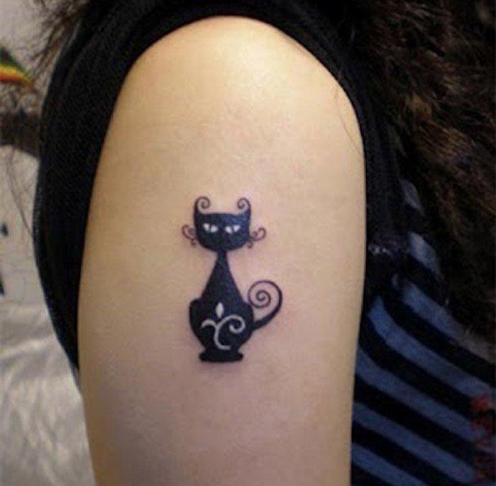 1001 ideen zum thema katzen tattoo aus denen sie eine inspiration sch pfen k nnten - Tatouage chat noir ...