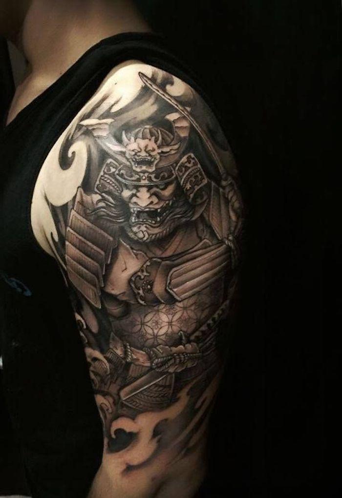 samurai tattoo, oberarm tätowieren, oberarmtattoo, japanische tätowierung