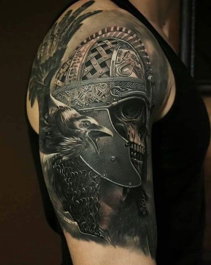 viking tattoos, vogel, schädel, helm, oberarmtattoo