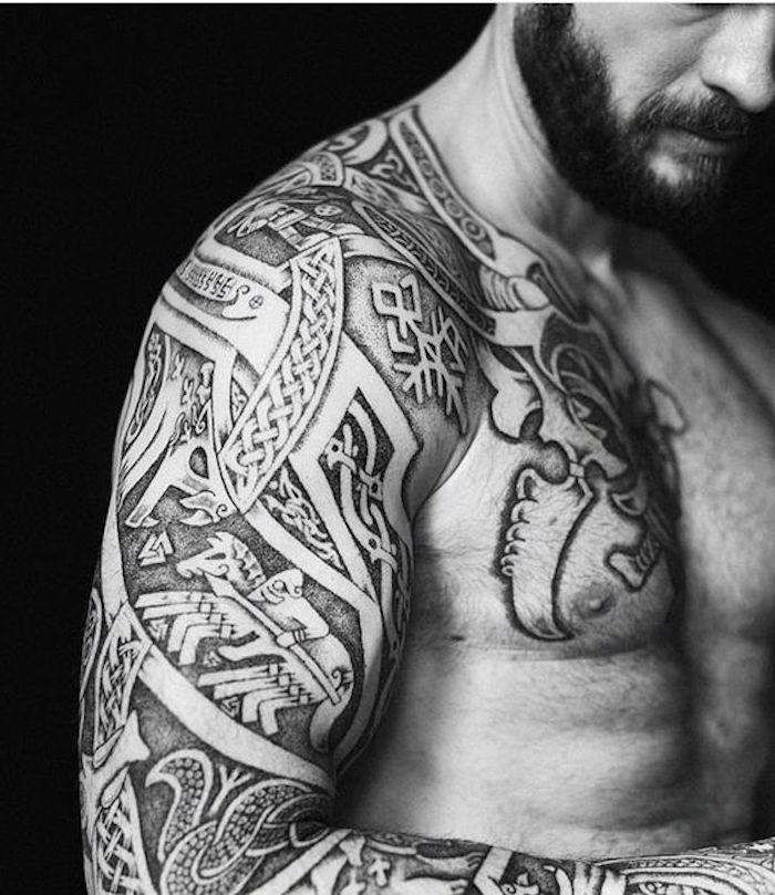 symbole viking tatouage best histoire et origine du tatouage viking with symbole viking. Black Bedroom Furniture Sets. Home Design Ideas