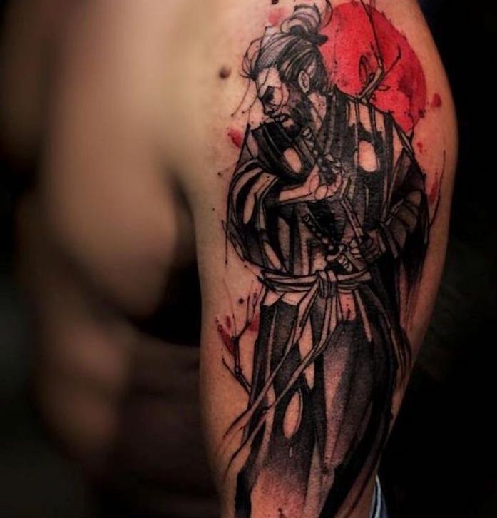 samurai tattoo, mann, arm, armtattoo, rote sonne