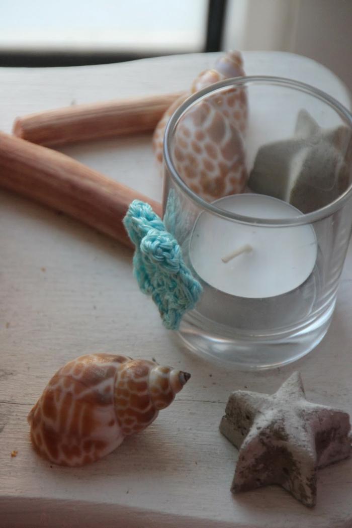 Fensterdeko Sommer Kerzenhalter aus Teelichter basteln