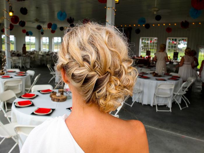 blonde Haare Ombre Haare geflochtene Haare Brautjungfern Frisuren