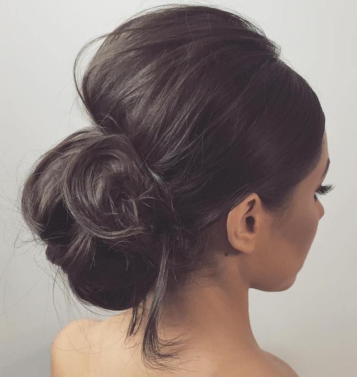 runde Frisur eine Steckfrisur braune Haarfarbe, einfache Frisur Frisur Brautjungfer