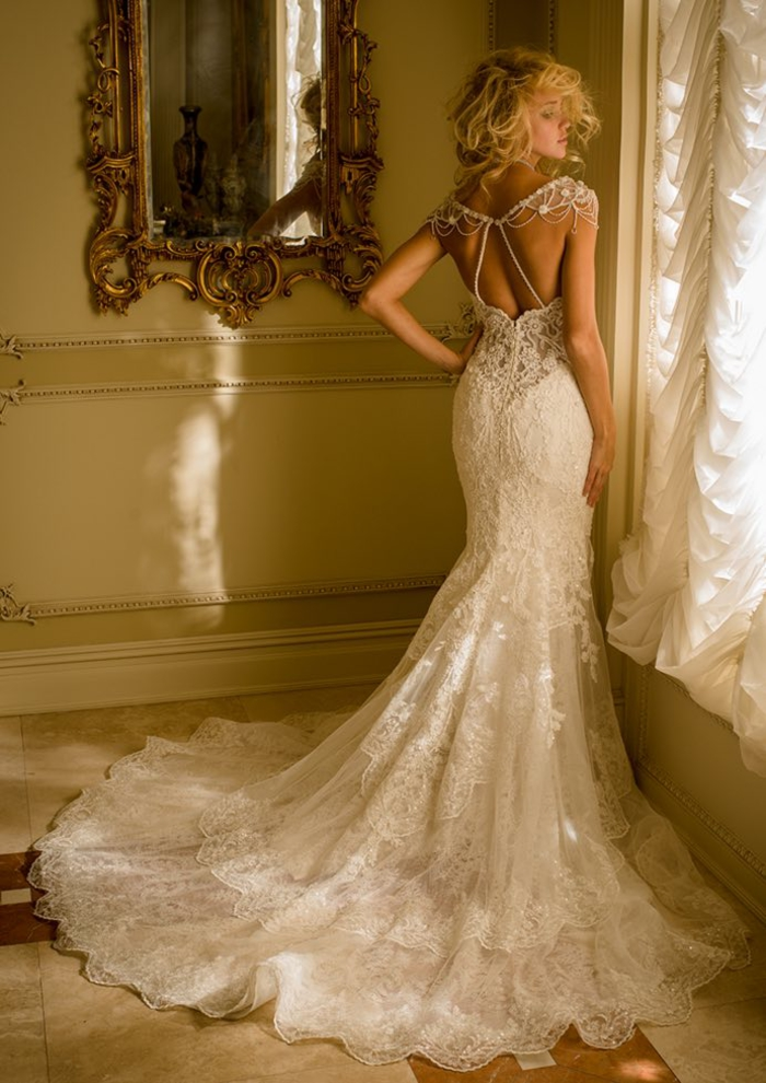 Hochzeitskleid-Meerjungfrau, mit langer Schleppe, Spitzenkleid, ärmellos