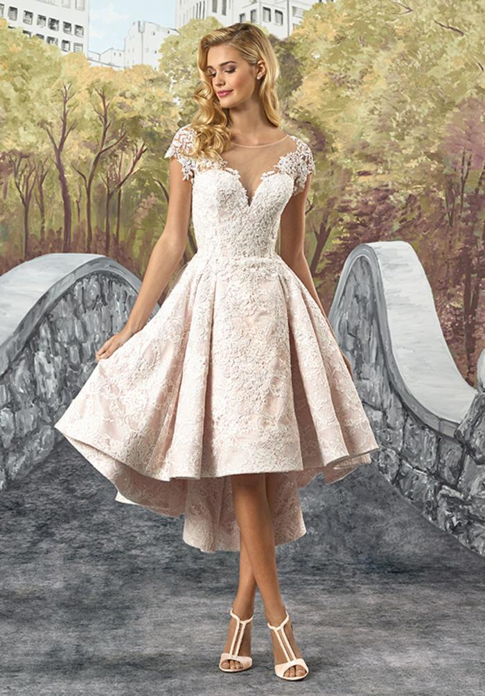 knielanges Hochzeitskleid, mit kurzen Ärmeln, mit V-Ausschnitt, in Cremeweiß