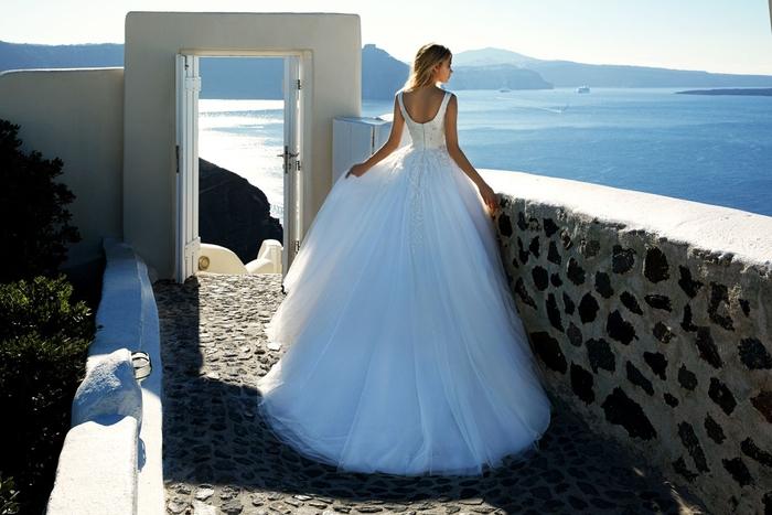 Prinzessinnen Brautkleid mit U-Schnitt und Trägern, Tüllroock, weiße Farbe