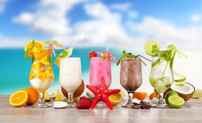 coole drinks für heiße tage, cocktails rezpte, orange, zitrone, mojito