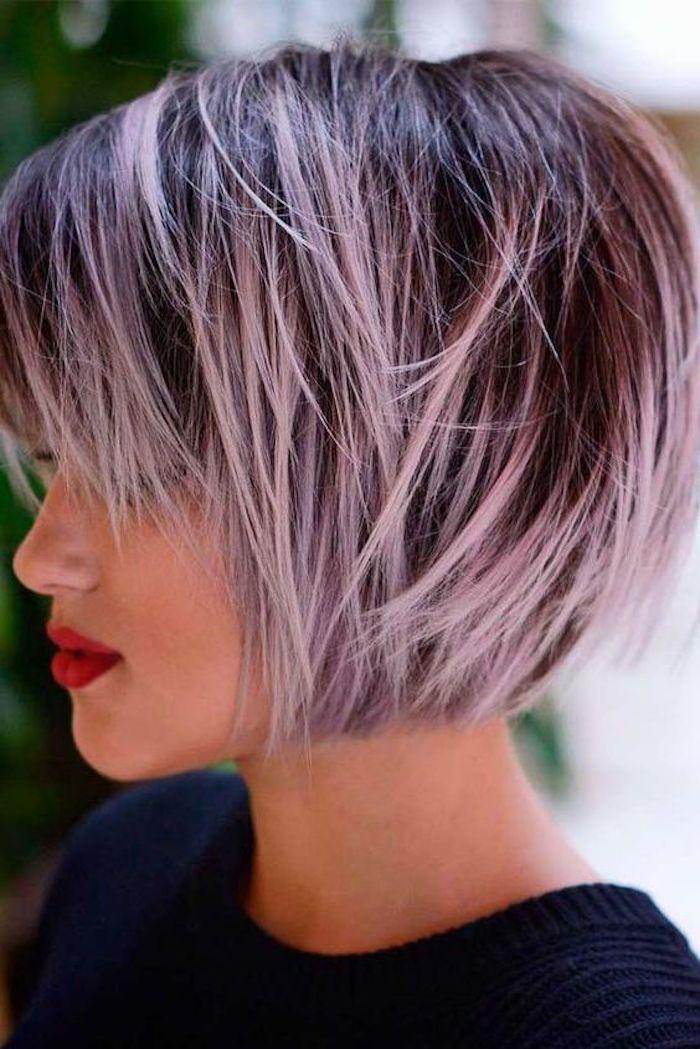 coole frisuren, bob-frisur, moderne damenfrisuren, lila strähne