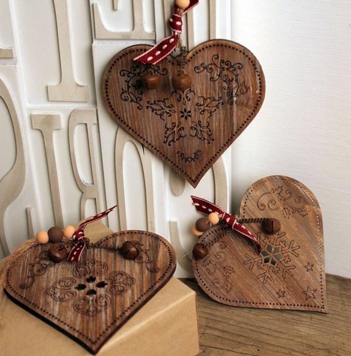 dekoartikel aus holz dekoideen zum selbermachen herzchen formen dekoration für weihnachten
