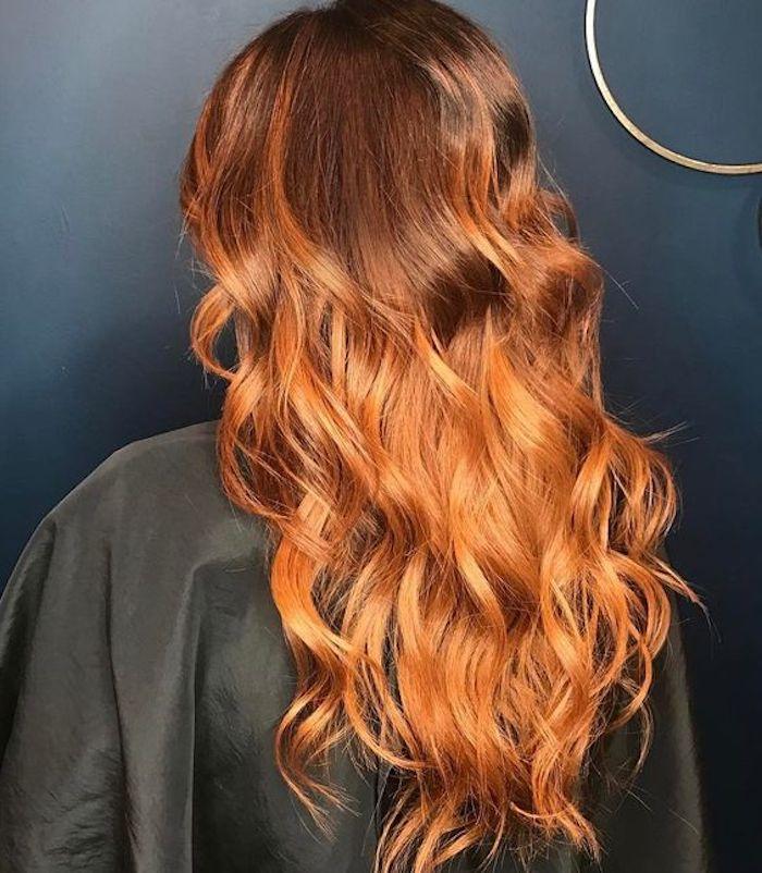 mittellange frisuren, moderner haarschnitt, orange haare, damenfrisur