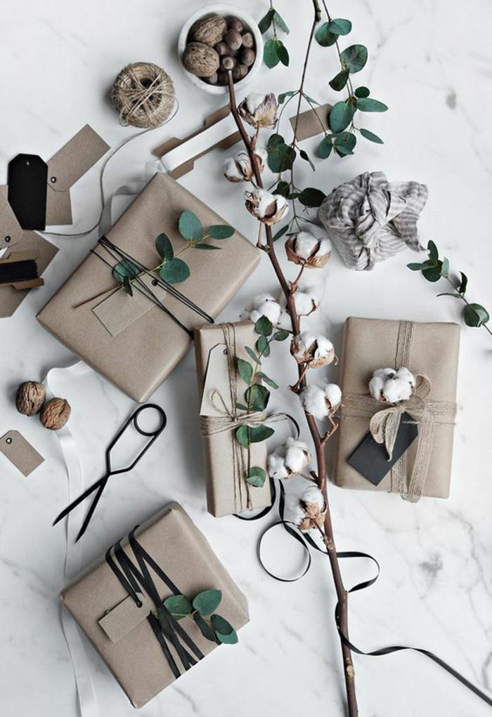 natürliche Materialen für Verpackung und verschiedene Bänder - Geschenke verpacken Ideen