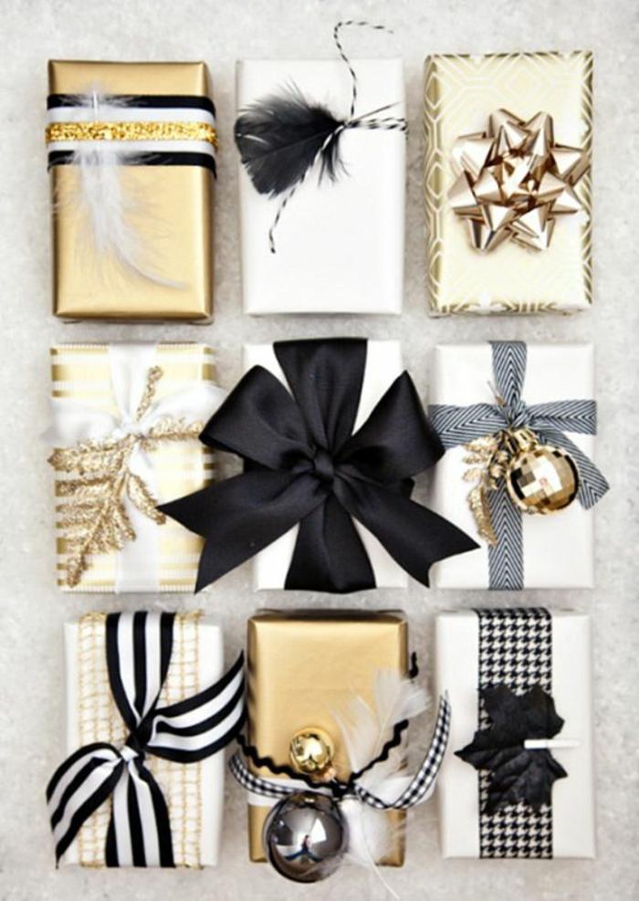neun Verpackungsideen mit schwarzen Bändern und kleine Kugeln und Feder zum Weihnachten
