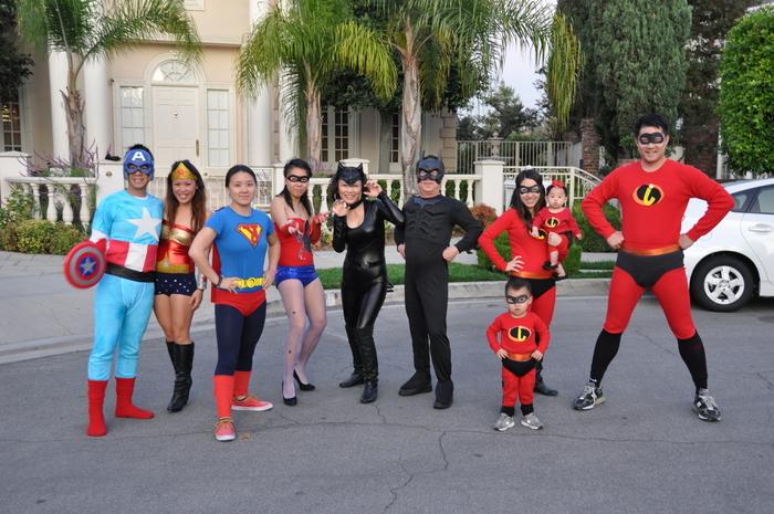 Superhelden Kostüme für Jugendliche und die ganze Familie - Kindheitshelden