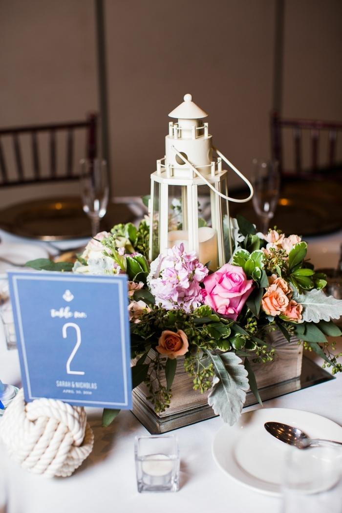 Maritime Dekoration günstig kaufen für Tischdekoration, weißer Leuchtturm mit Kerze mit Blumen, weißer Knotenball