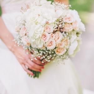 Vintage Brautstrauß für eine schöne thematische Hochzeit