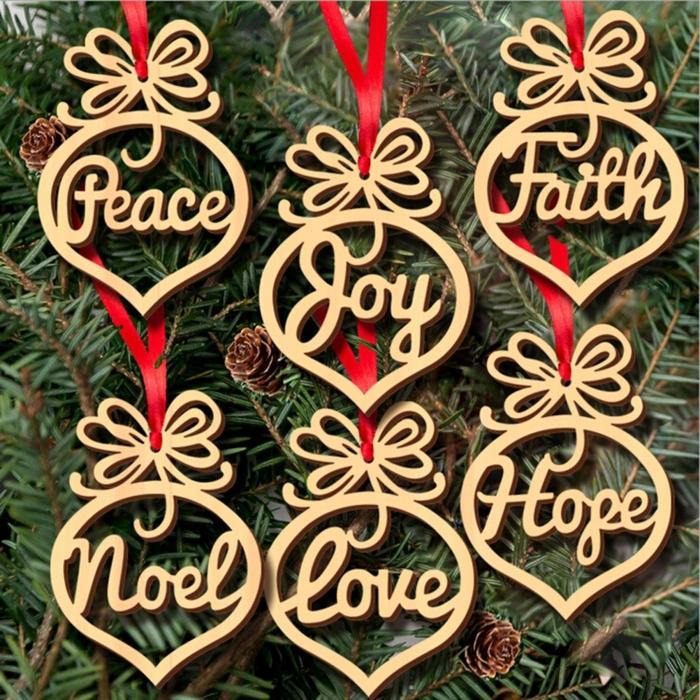 hölzerner schmuck für weihnachtsbaum baum deko ideen spielzeuge deko verzierung zu weihnachten
