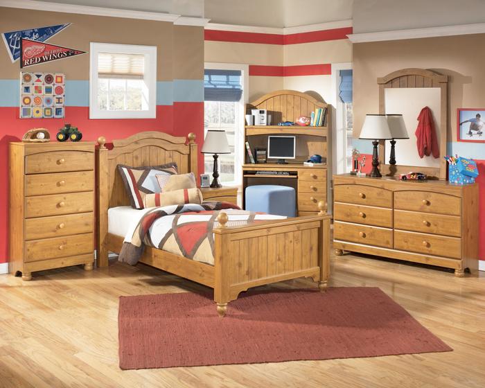 Kinderzimmer mit Holzmöbeln einrichten, Massivholzbett für gesunden und erholsamen Schlaf