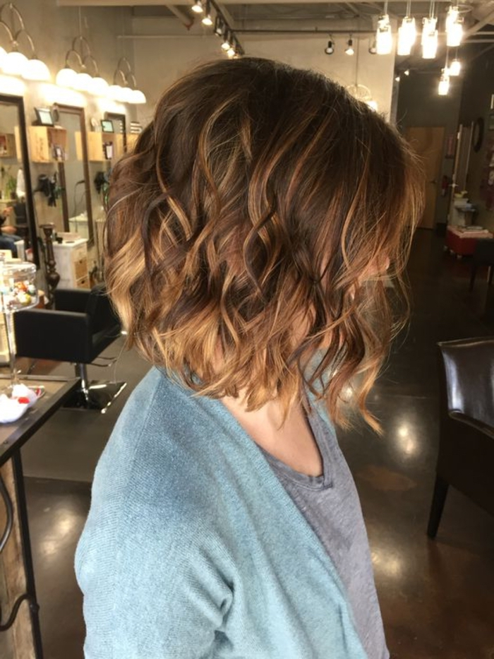 Pin Von Andy Kiss Auf Profile Left Curly Hair Styles Short Hair