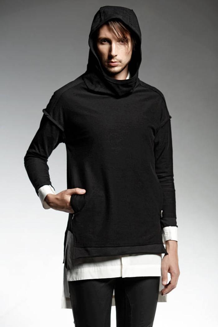 Pendari Fashion, Kombination aus Weiß und Schwarz, Jogging T-Shit mit Kapuze