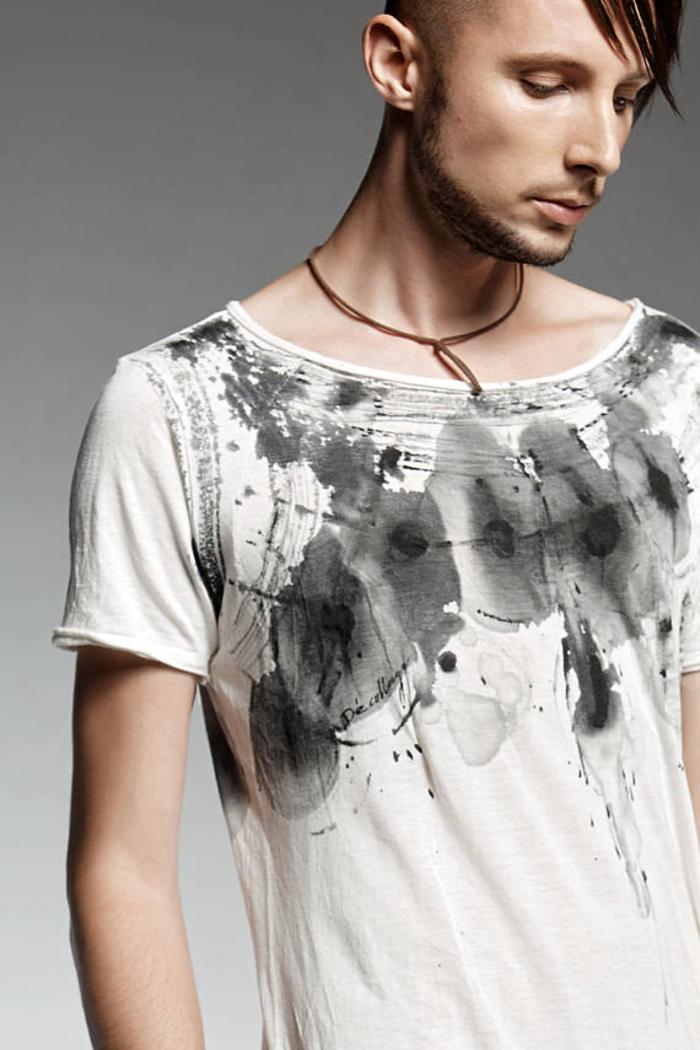 Pendari Fashion, Herrenkleidung, T-Shirt aus Baumwolle, handbemalt, weiß und schwarz