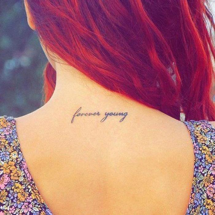Rücken Tattoo, forever young, für immer jung, viele Ideen für weibliche Tattoos mit tiefer Bedeutung