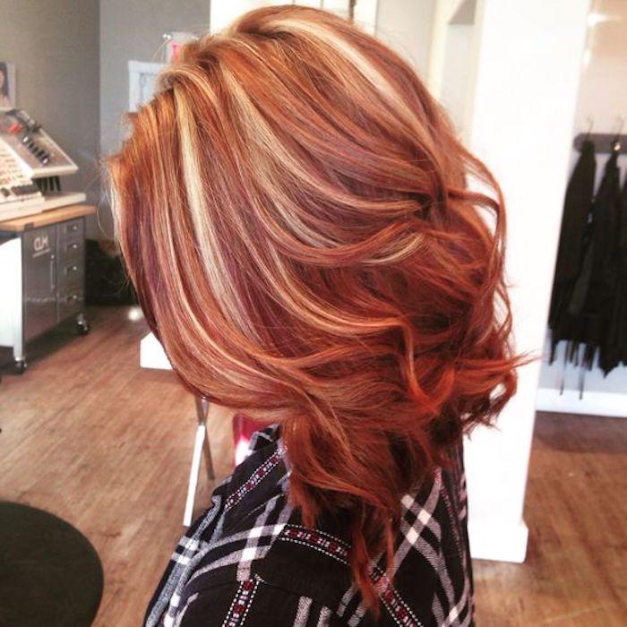 frisuren kurz, bob-frisur, rote haare mit blonden strähnen