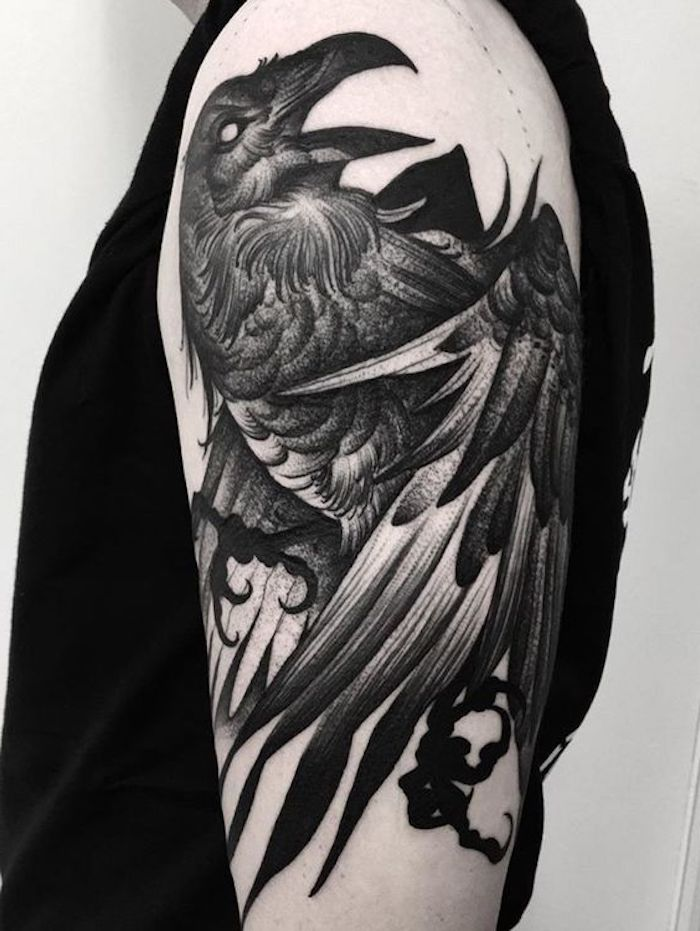 vikings tattoo, vogel, tätowierung in schwarz und grau