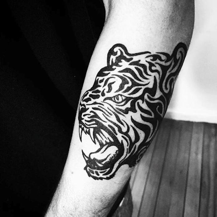 tribal tiger tattoo, mann, arm, armtattoo, tigerkopf