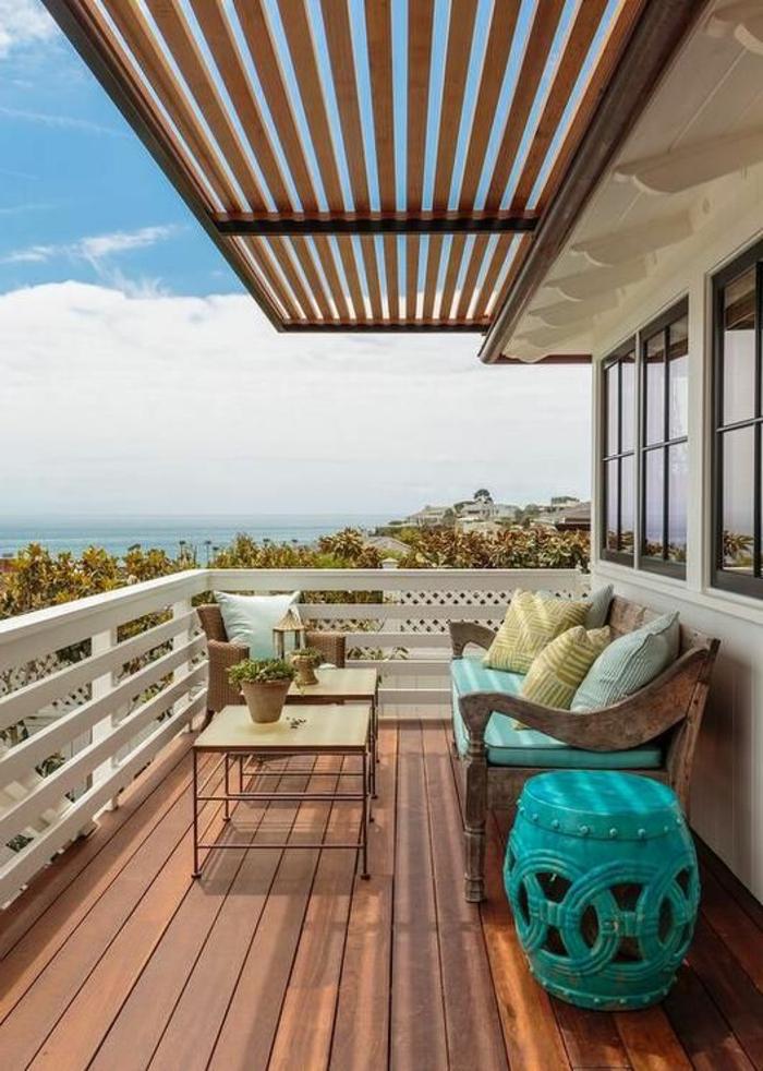 Balkon gestalten Überdachung Holz Beschattung Möbel für Terrasse